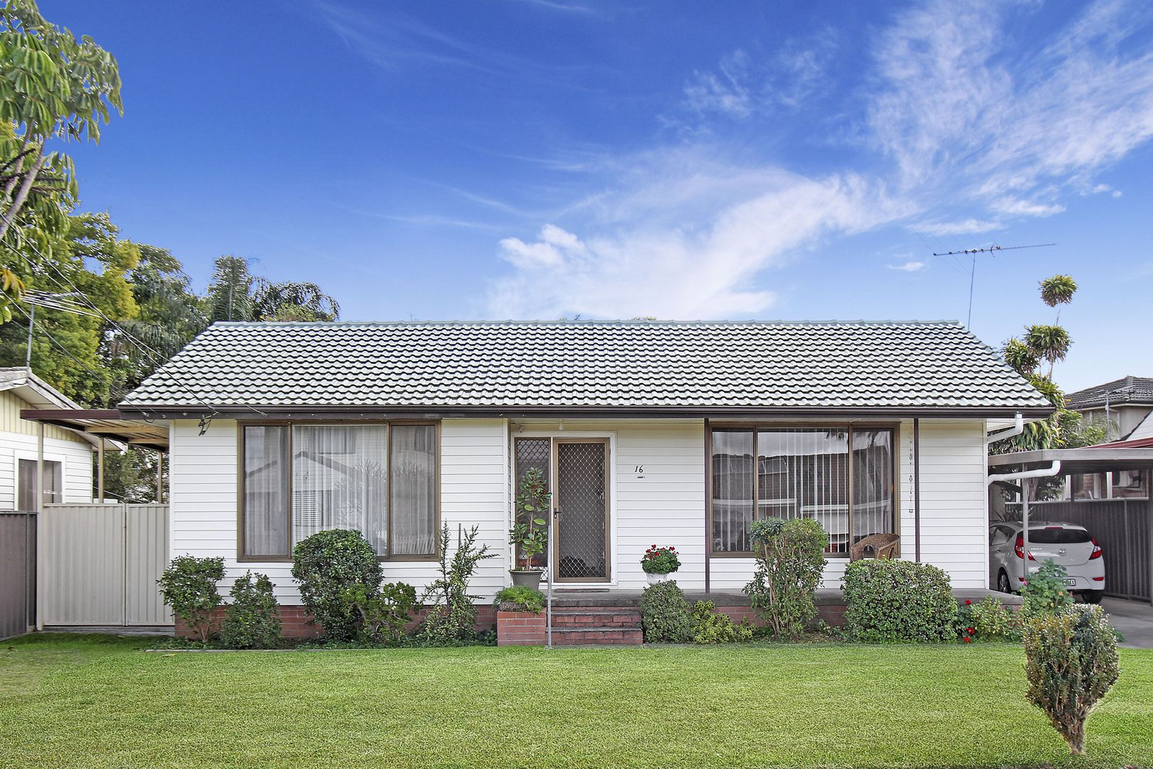 16 Hemingway Crescent, Fairfield NSW 2165, Image 0