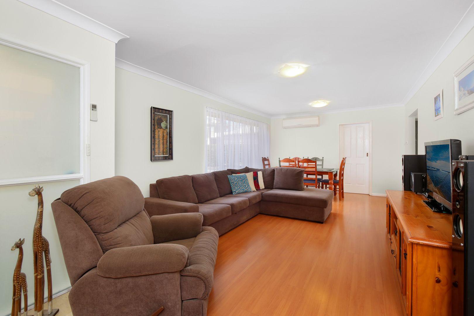 26a Kincumber Cr, Davistown NSW 2251, Image 2