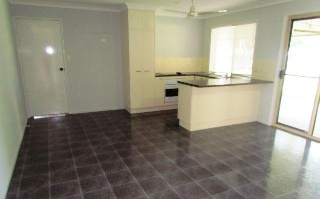 5 Lando Avenue, Sarina QLD 4737, Image 2