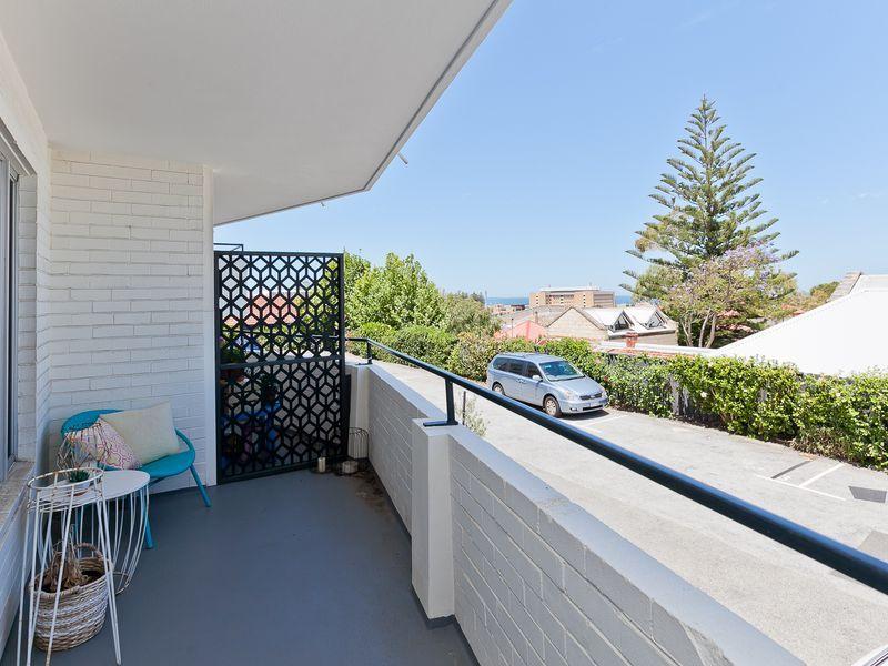 13/5 Knutsford Street, Fremantle WA 6160, Image 1