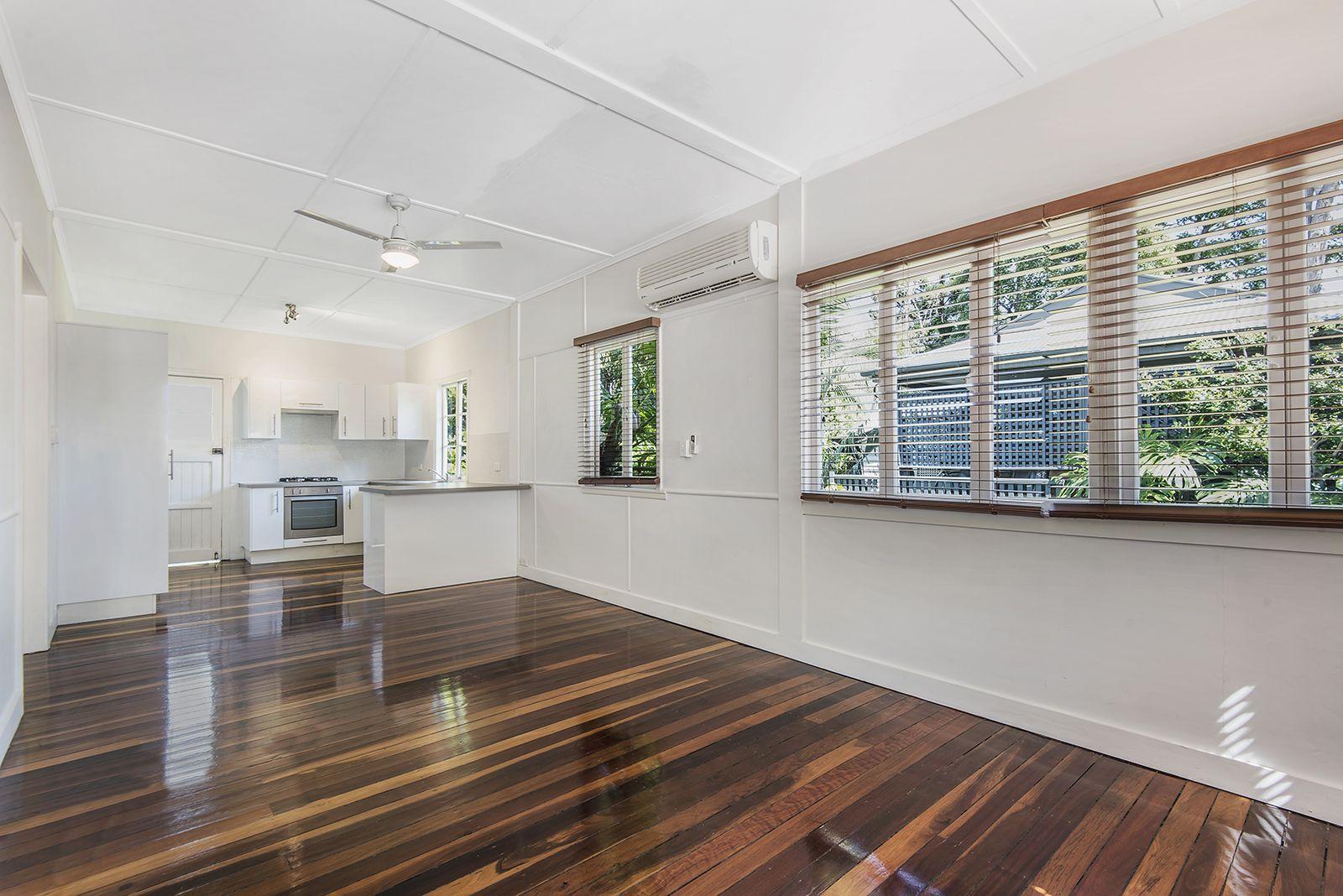 25 Club Street, Paddington QLD 4064, Image 2