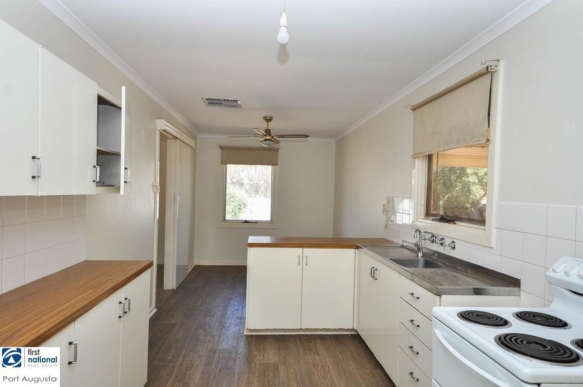 17 Kirwan Crescent, Port Augusta West SA 5700, Image 1