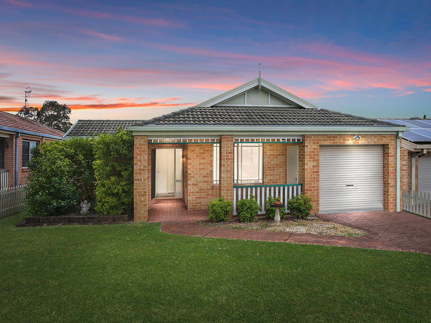 23 Waugh  Close, Blue Haven NSW 2262, Image 0