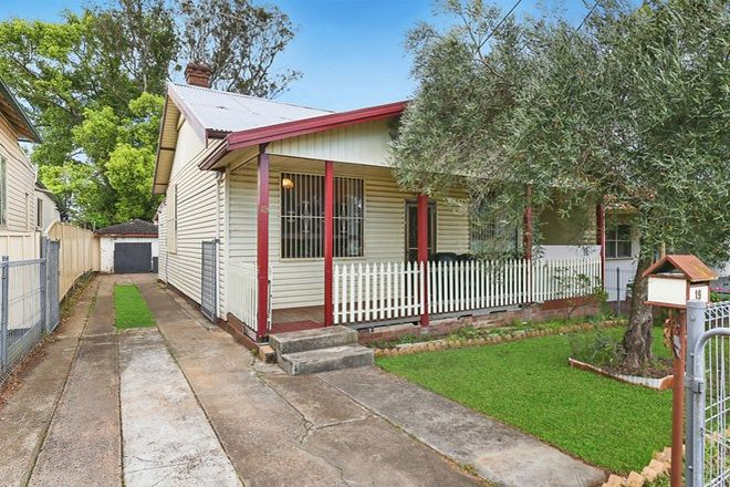Picture of 19 Mimosa Street, GRANVILLE NSW 2142