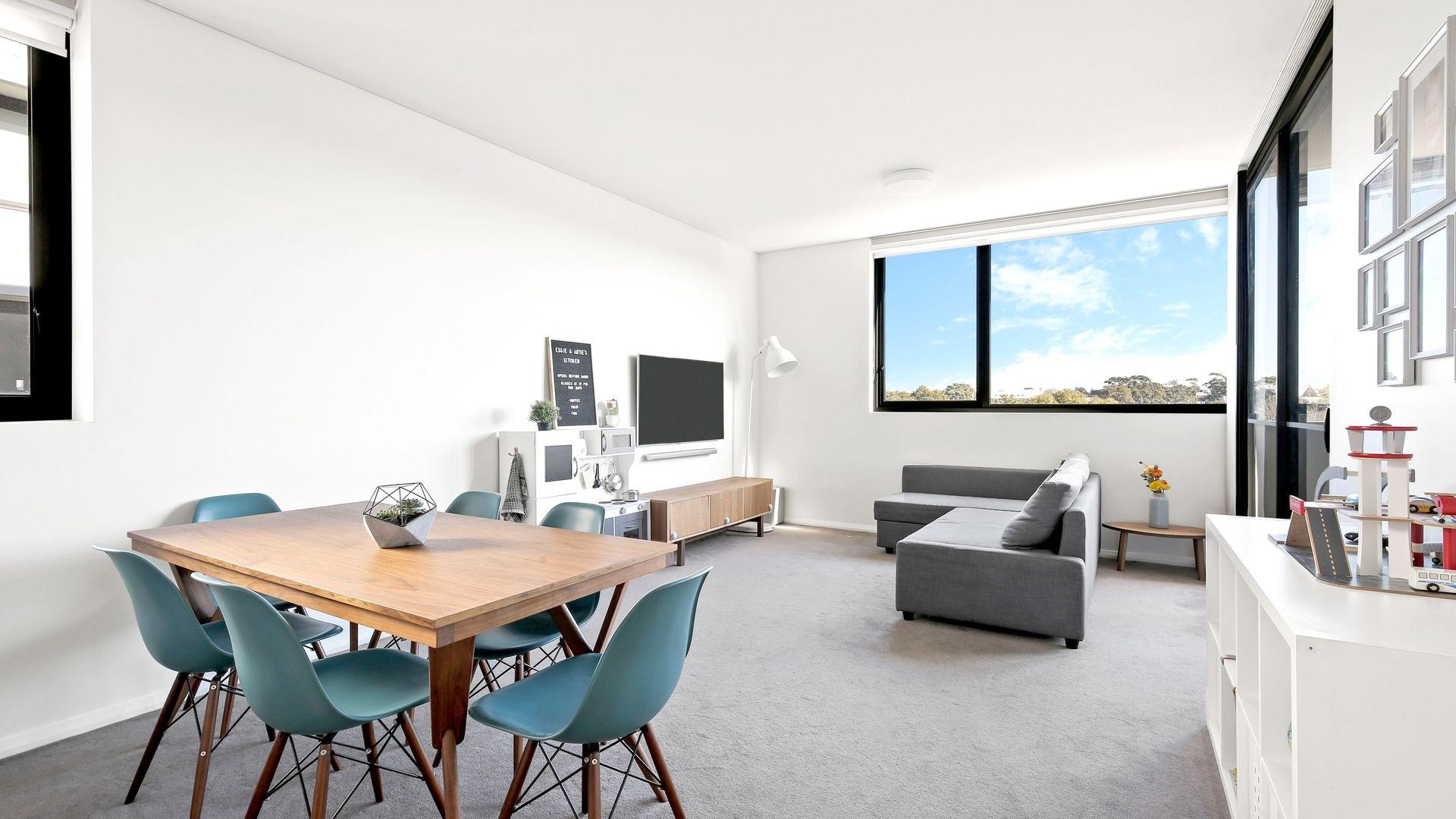 A608/33 Bridge Street, Erskineville NSW 2043, Image 2
