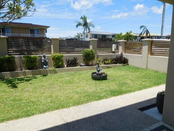 16 Hillcrest Ave, Scarness QLD 4655, Image 1