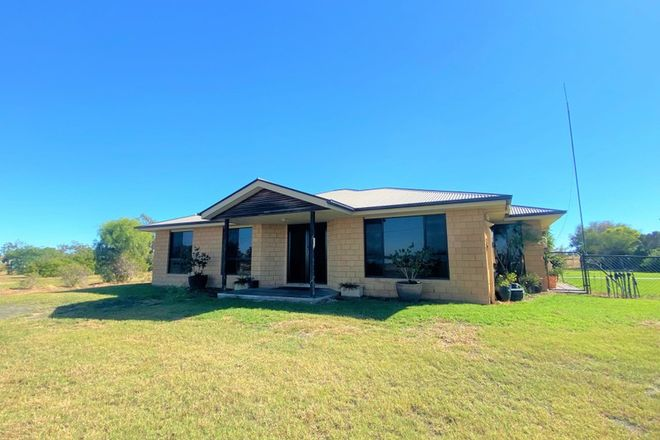 Picture of 192 Bourne Drive, ROMA QLD 4455