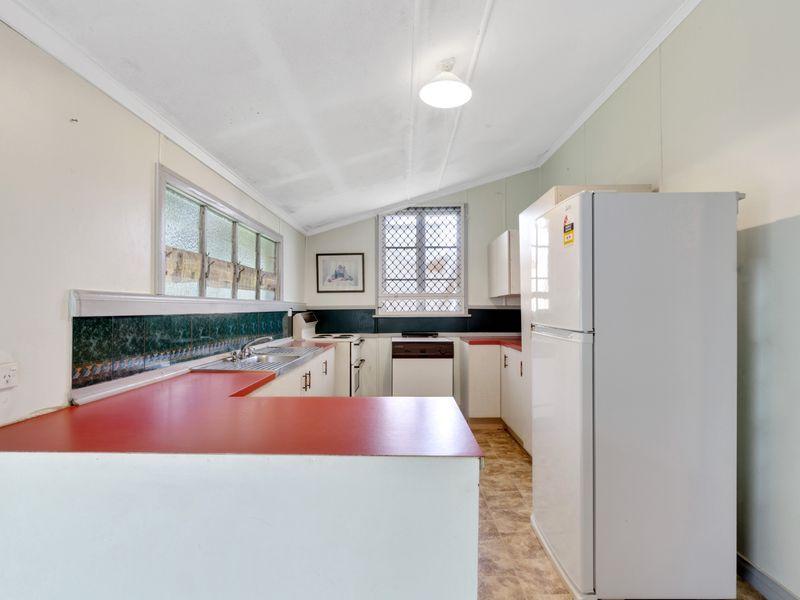 6 William Street, Mount Morgan QLD 4714, Image 1