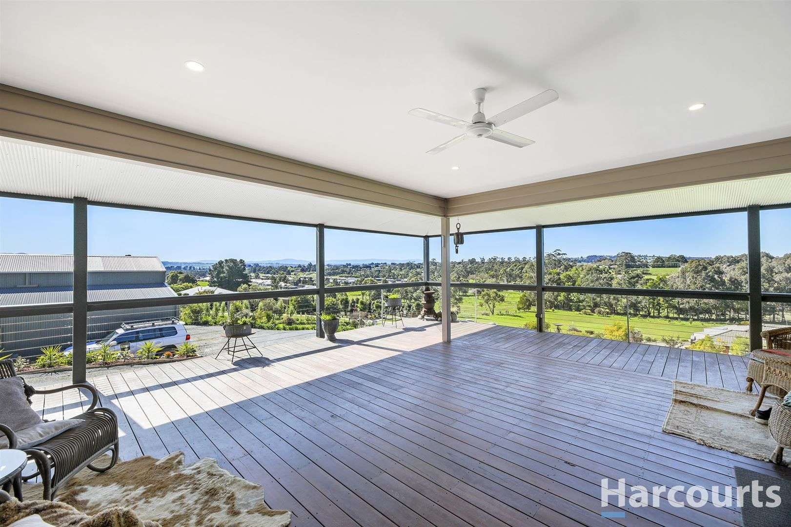 3 South Fork Court, Drouin VIC 3818, Image 2