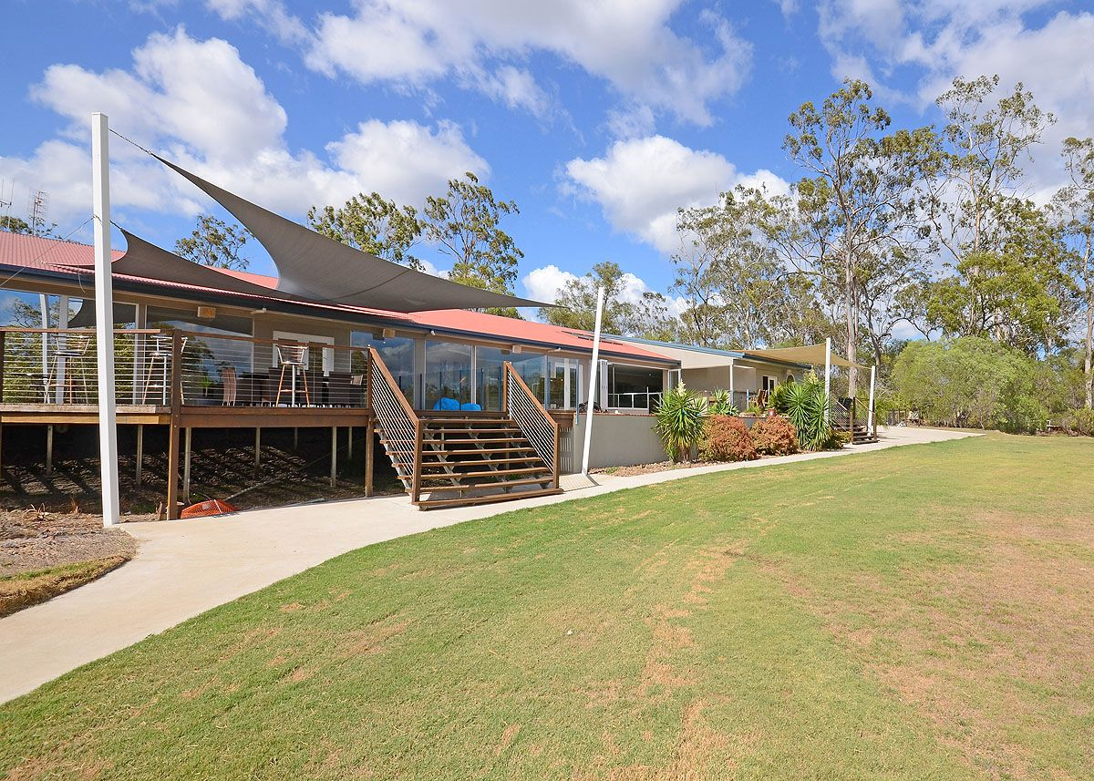 19 Island Close, Pacific Haven QLD 4659, Image 2