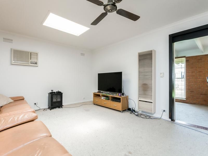 12 Lovell Court, Whittington VIC 3219, Image 1