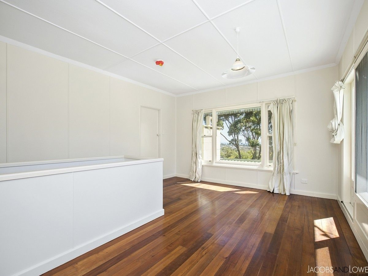 11 Craigrossie Road, Mornington VIC 3931, Image 2