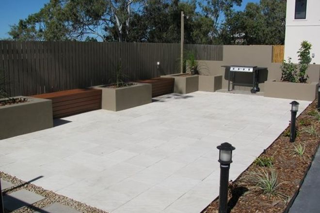 Picture of 1/25 Roberts Street, SOUTH GLADSTONE QLD 4680