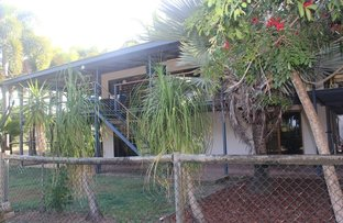 Picture of 1 Ward Esplanade, Ball Bay QLD 4741