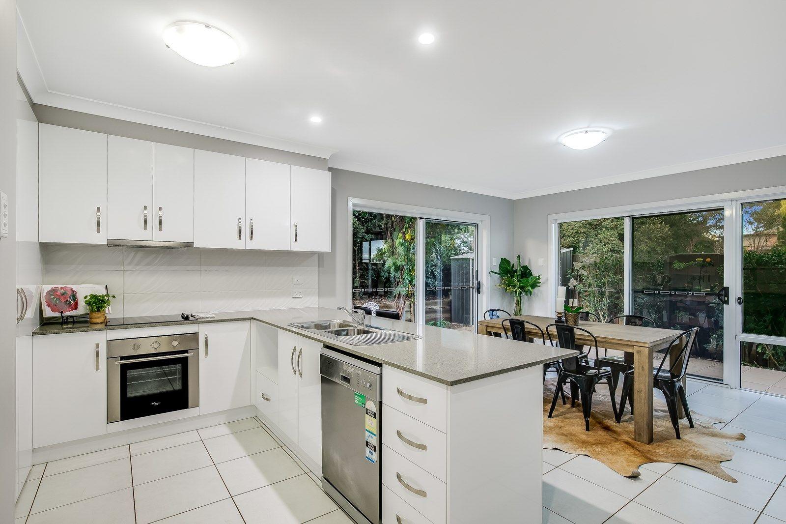 2/5 Messines Street, Harlaxton QLD 4350, Image 1