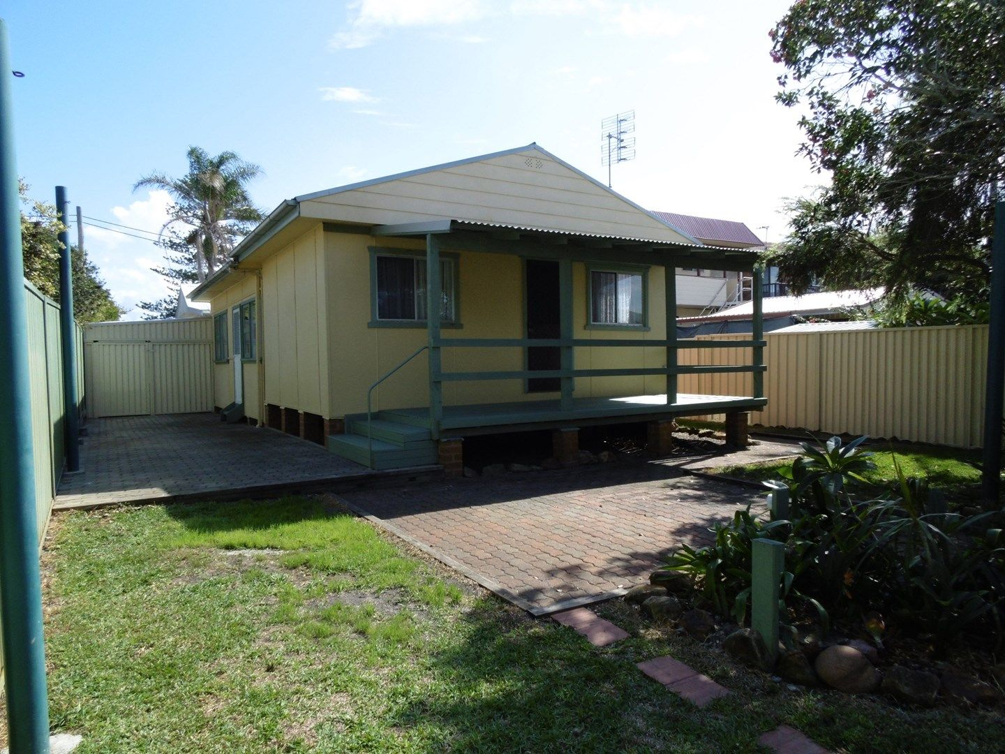 8 Denniss Road, The Entrance North NSW 2261, Image 0