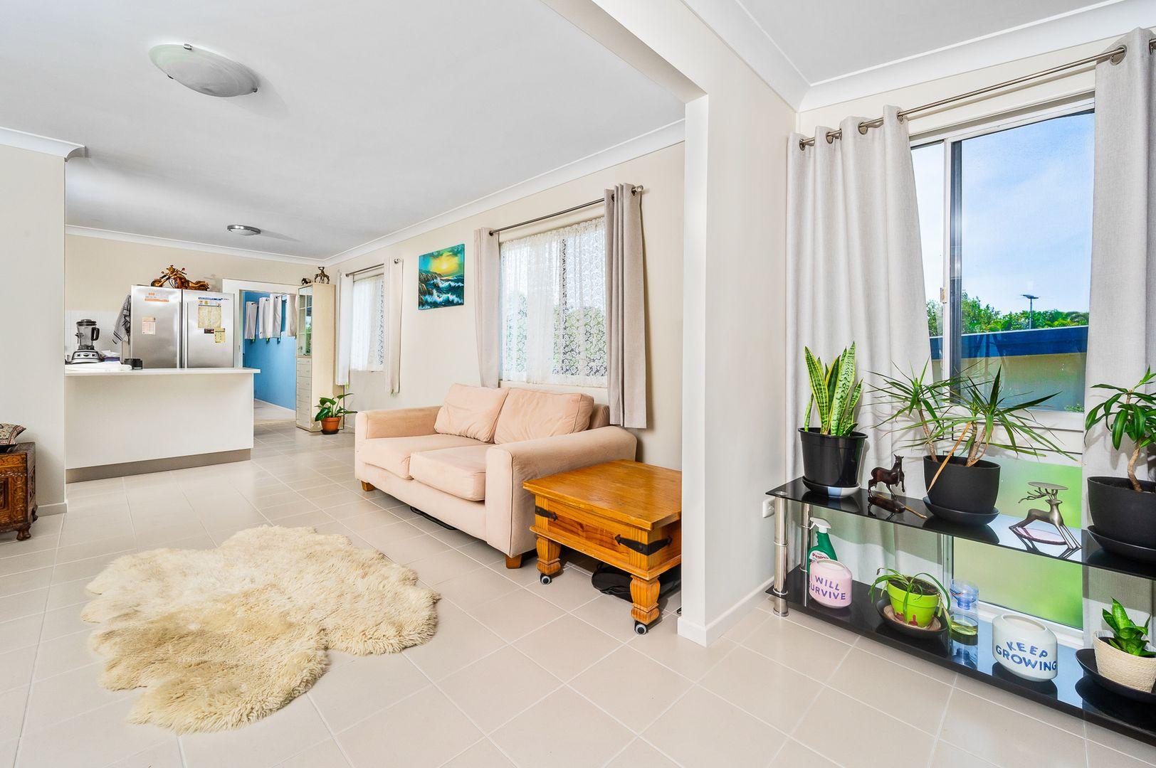 9 Lucas Street, Scarborough QLD 4020, Image 2