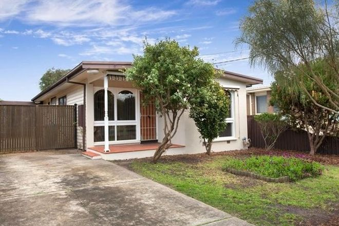Picture of 194 Ninth Avenue, ROSEBUD VIC 3939