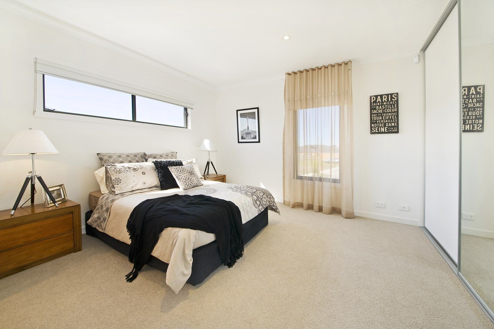 73 Waterhaven Boulevard, Point Cook VIC 3030, Image 2