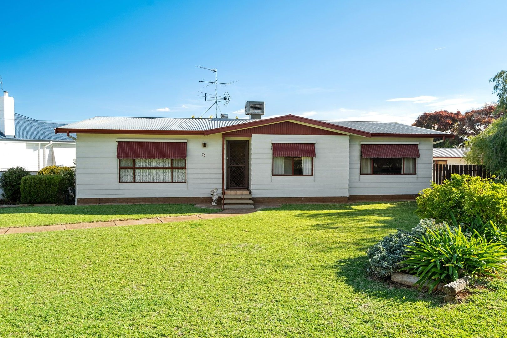 70 Holbrook Street, Temora NSW 2666, Image 0
