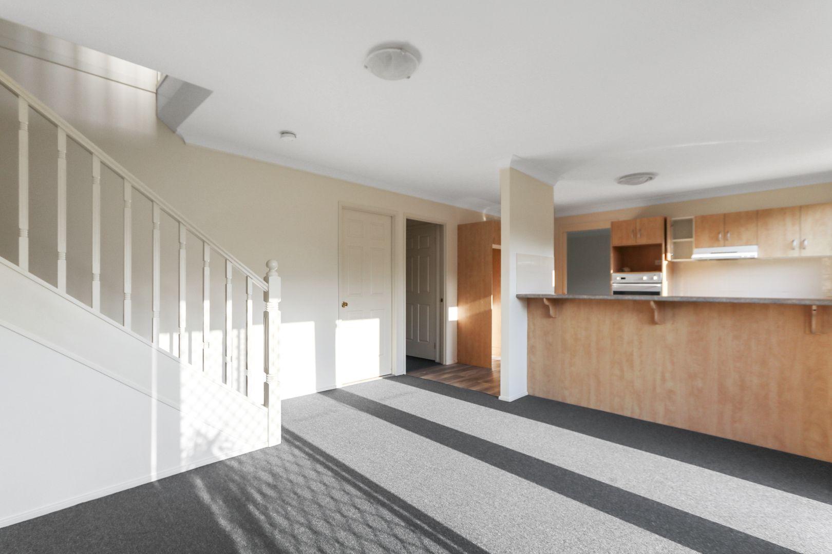 2 Miller Crescent, Blue Haven NSW 2262, Image 1