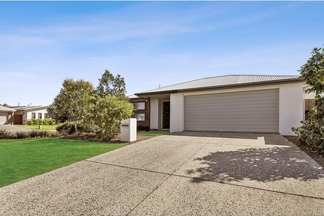 Picture of 24 Chestnut Crescent, CALOUNDRA WEST QLD 4551