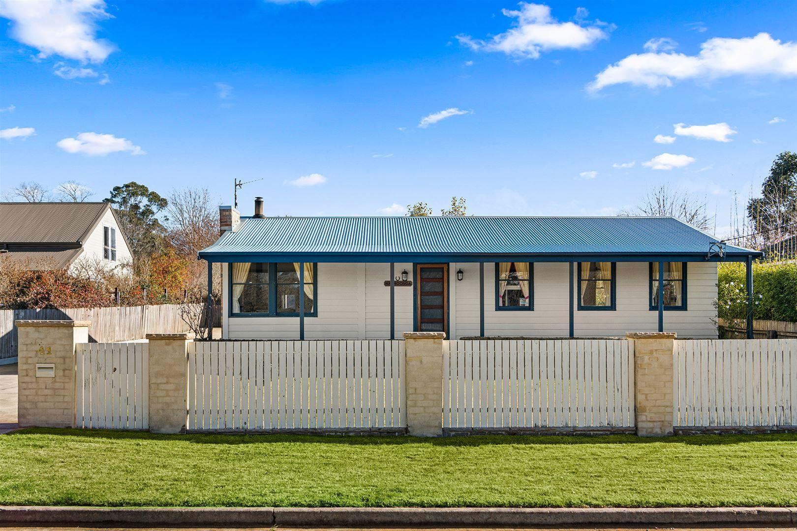 41 Yarrawa Street, Moss Vale NSW 2577, Image 0