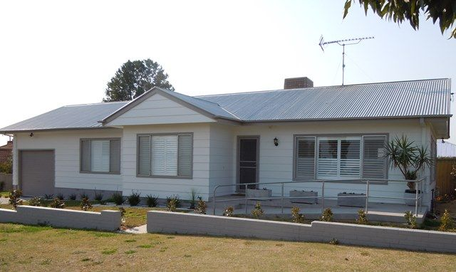 14 Roberts Street, Narrandera NSW 2700, Image 0