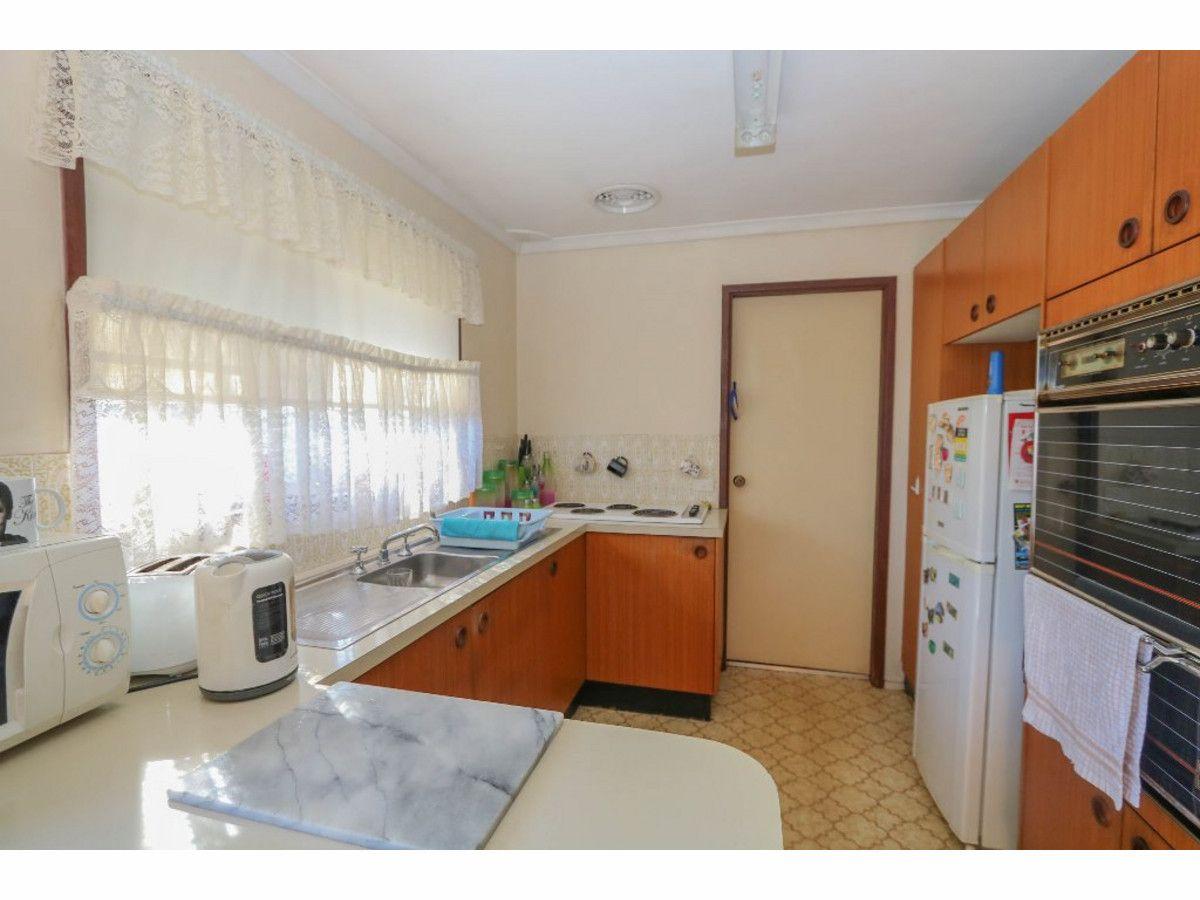 18 Wayside Court, Kelso NSW 2795, Image 2