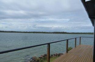 Picture of 2 McIntosh Avenue, Elliott Heads QLD 4670