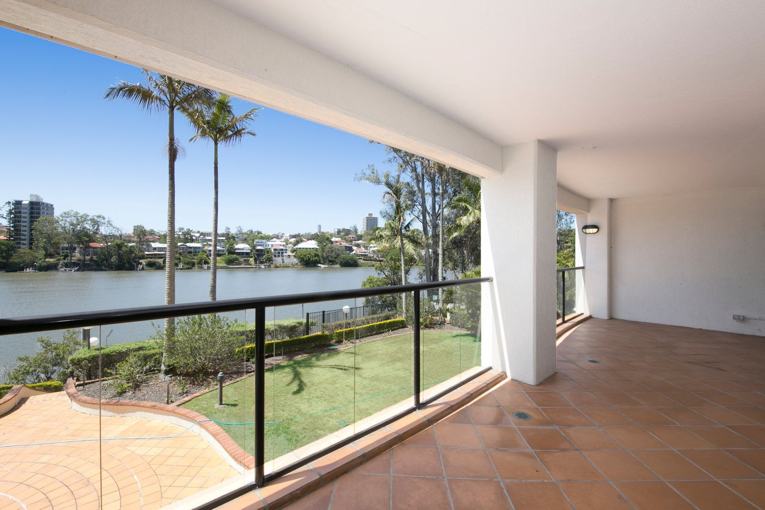 2/172 Macquarie Street, St Lucia QLD 4067, Image 2