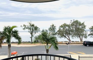 Picture of Unit 4, 566 Esplanade, Urangan QLD 4655