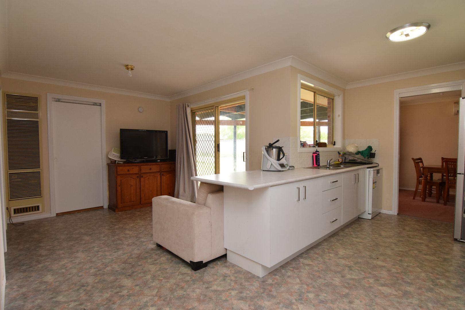 7 Bayliss Street, Abercrombie NSW 2795, Image 2
