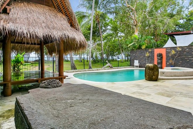 Picture of 14 Poinsettia Street, HOLLOWAYS BEACH QLD 4878