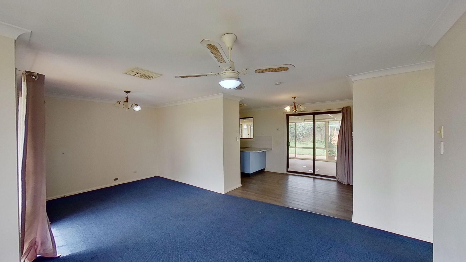 22 Galloway Drive, Dubbo NSW 2830, Image 2