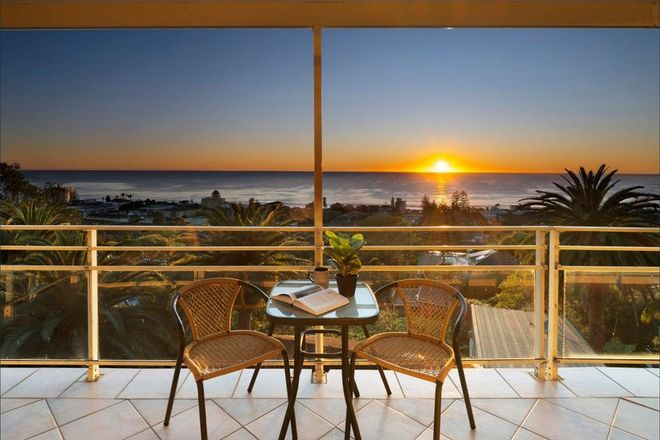 Picture of 40 Wetherill Street, NARRABEEN NSW 2101