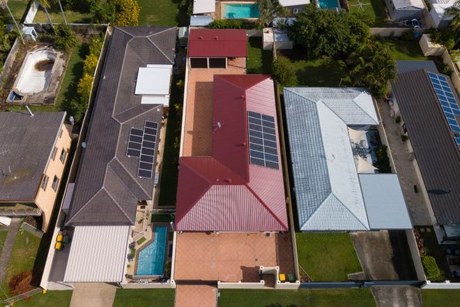 Picture of 48 Annerley Avenue, RUNAWAY BAY QLD 4216