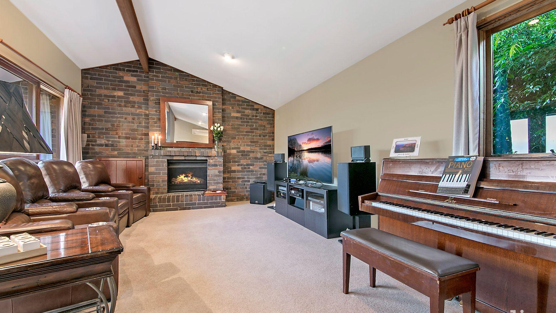 11 Highett Place, Glenhaven NSW 2156, Image 2