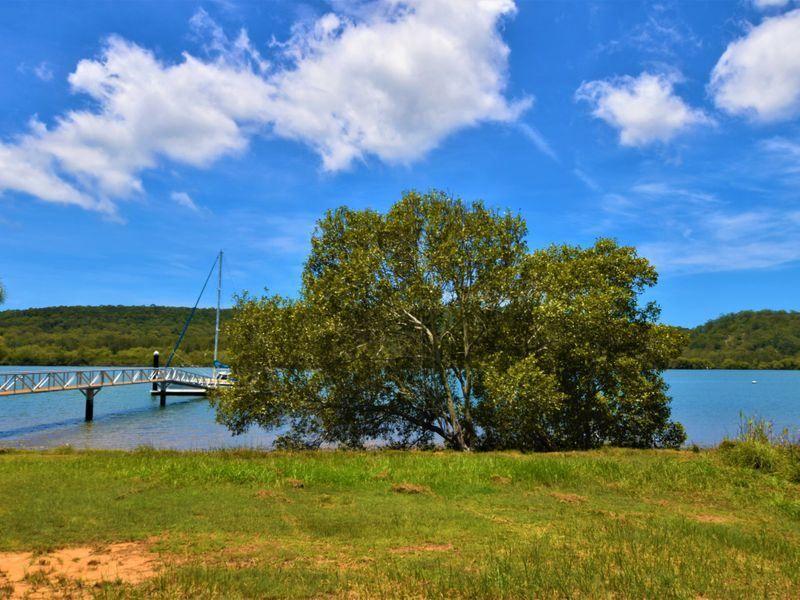 77 Wahine Drive, Russell Island QLD 4184, Image 2
