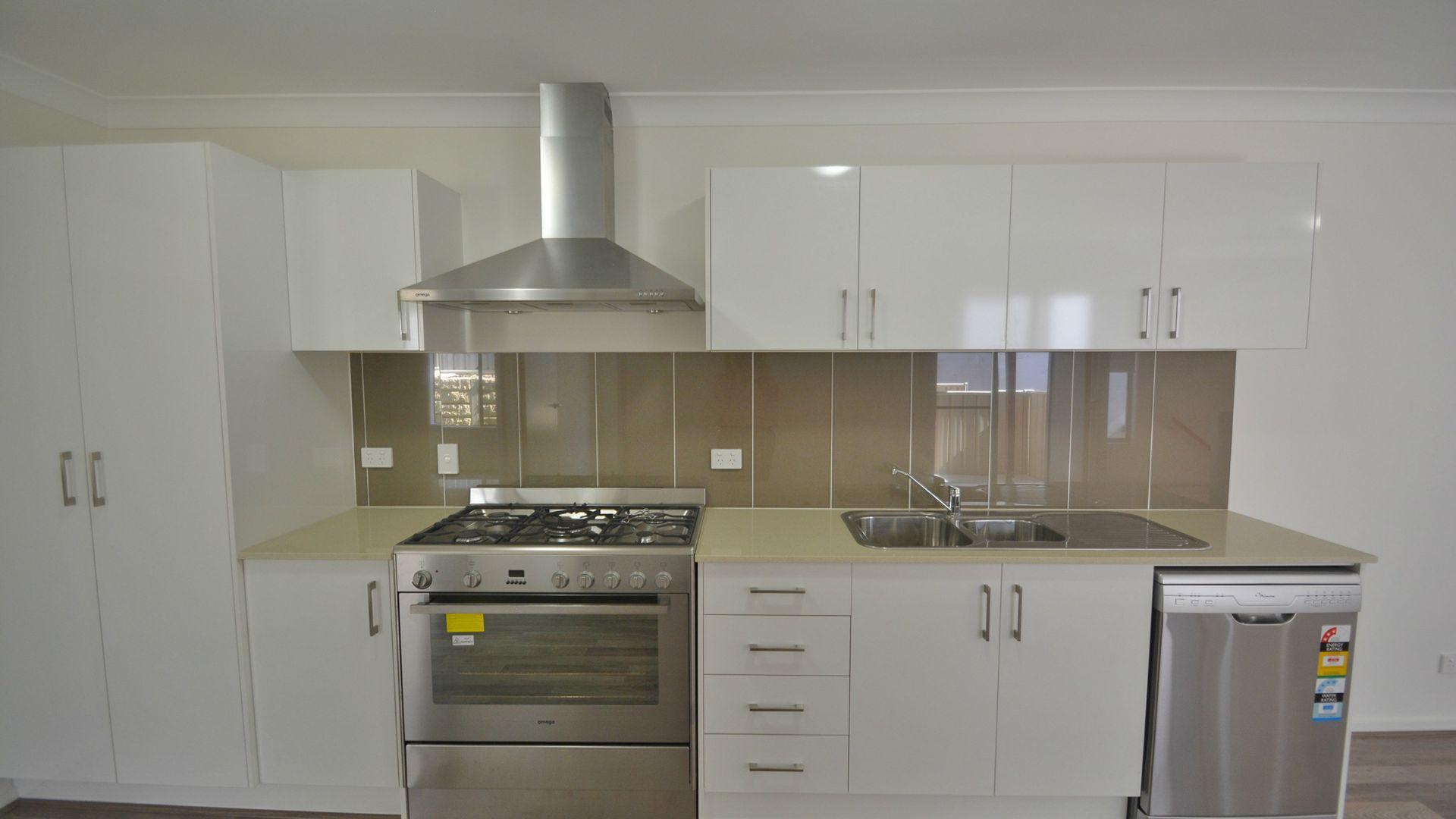 1/12 Carlin Street, Glenvale QLD 4350, Image 1