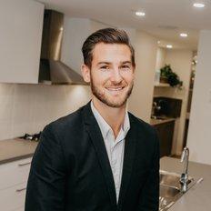 Tom Hislop, Sales representative
