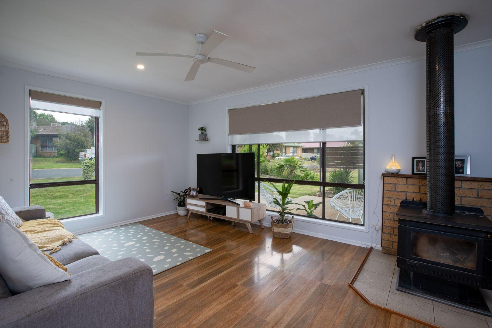 61 Buller Crescent, Thurgoona NSW 2640, Image 2