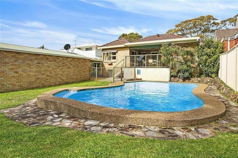 9 Vista Street, Caringbah South NSW 2229, Image 1