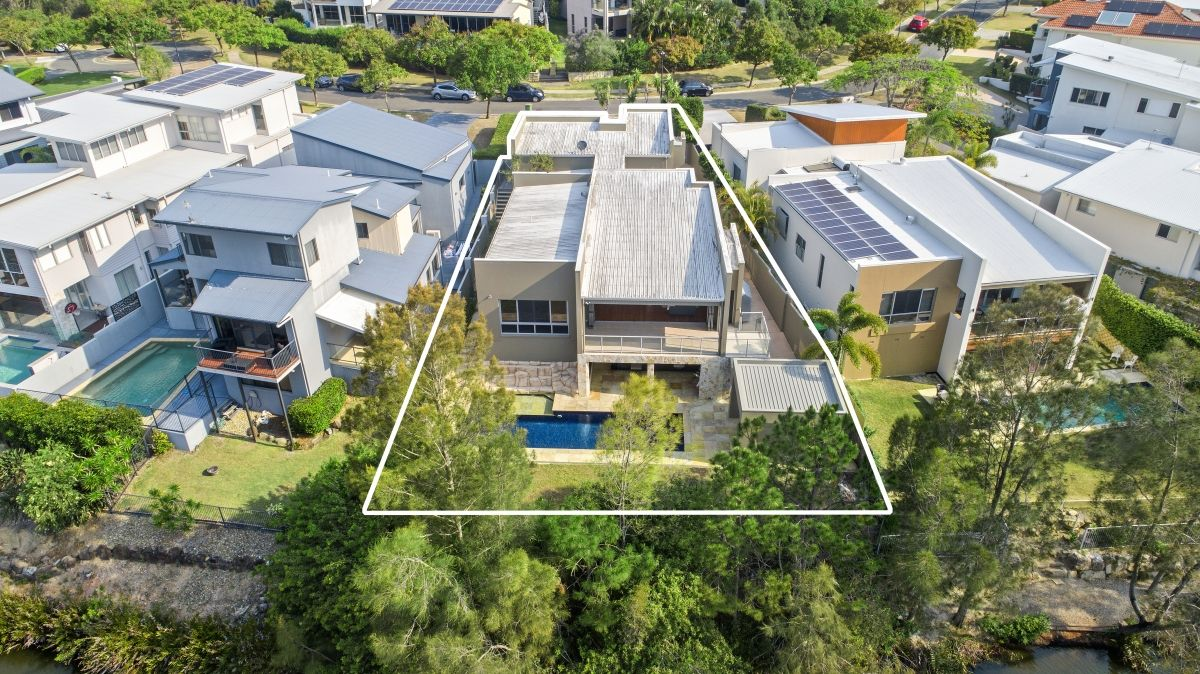 18 Lyra Court, Robina QLD 4226, Image 0