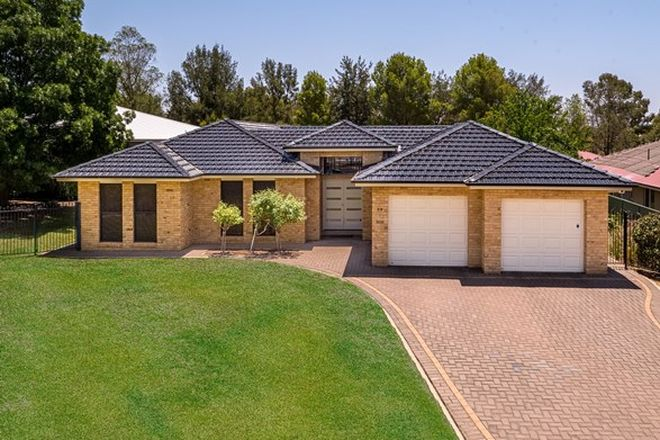 Picture of 28 Lakeside Circuit, DUBBO NSW 2830