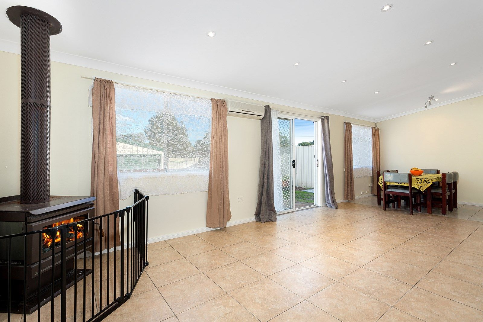 22 Allen  Road, Blacktown NSW 2148, Image 2