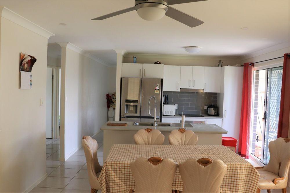 39 Entabeni Drive, Kearneys Spring QLD 4350, Image 1