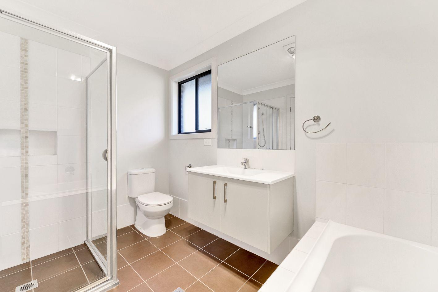 30 Jubilee Cct, Rosemeadow NSW 2560, Image 2