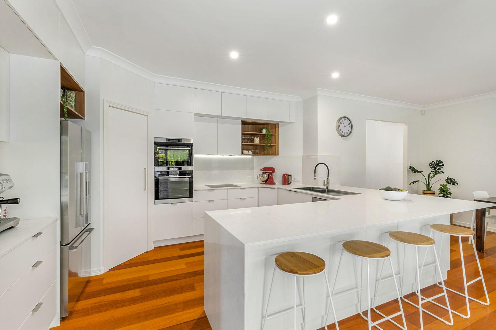 41 Edenbrooke Drive, Sinnamon Park QLD 4073, Image 2