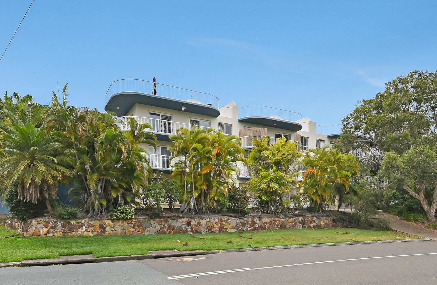 6/42 First Avenue, Coolum Beach QLD 4573, Image 0